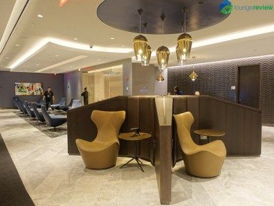 EWR-united-polaris-lounge-ewr-02802