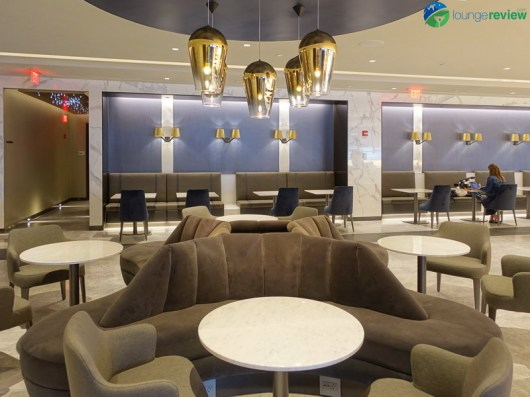 EWR-united-polaris-lounge-ewr-02938
