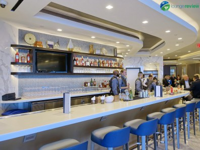 LAX-united-polaris-lounge-lax-09083-blg