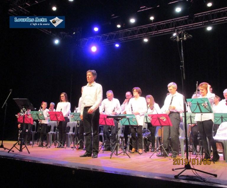 Read more about the article Lourdes : le Concert du Nouvel a enchanté l'espace Robert Hossein