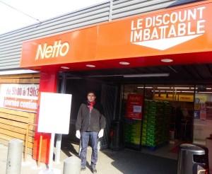 Comment les salariés des grandes surfaces font face à l'épidémie : exemple des salariés de Netto à Tarbes