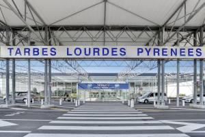 Read more about the article La liaison aérienne Lourdes/Paris-Orly maintenue par Air France