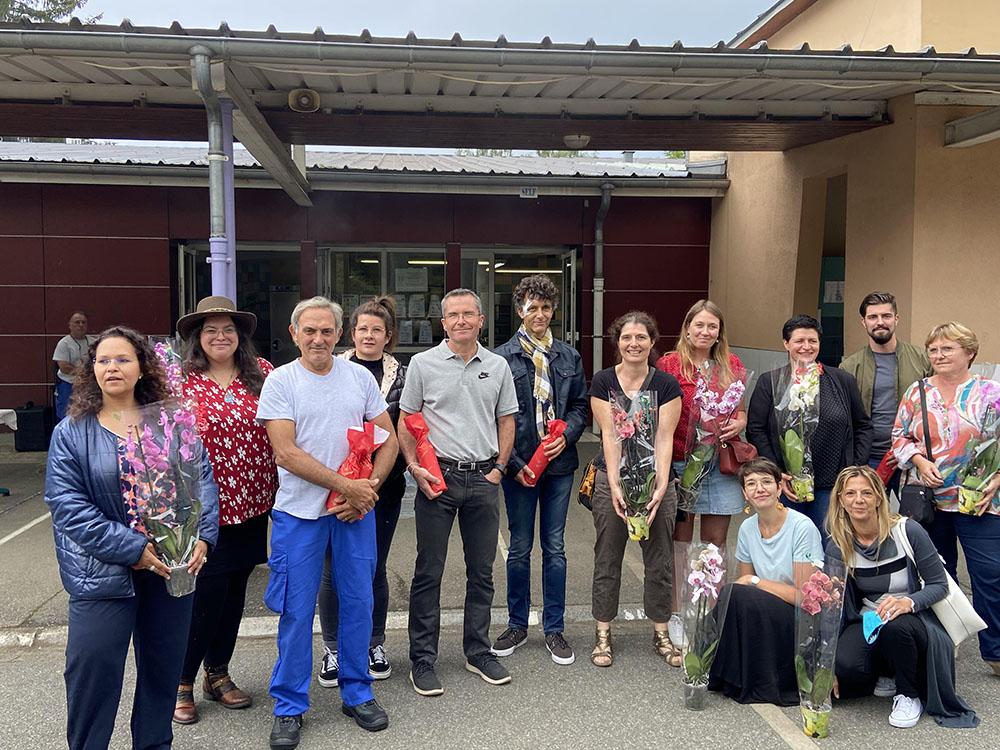 Lourdes: sympathique «Pot de départ» retraites, mutations du Personnel à la Cité scolaire de Sarsan