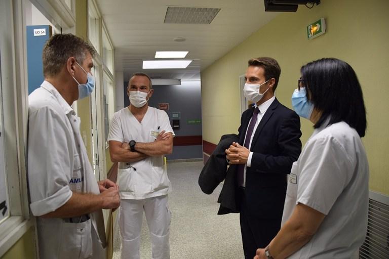 Visite du Préfet à l'Hôpital de Tarbes