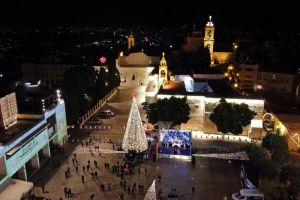 Bethléem illumine son traditionnel Sapin de Noël sans public