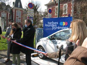 Read more about the article Lourdes : Inauguration d'un Parc à vélos et d'une voiture électriques