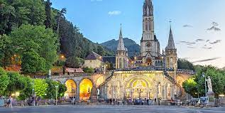 Read more about the article Sur demande du Pape François, le Sanctuaire de Lourdes va prier pour la fin de la pandémie de covid-19