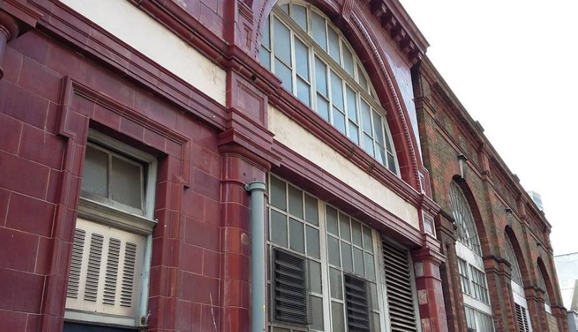 Disused entrance to Euston Station, Drummond Street