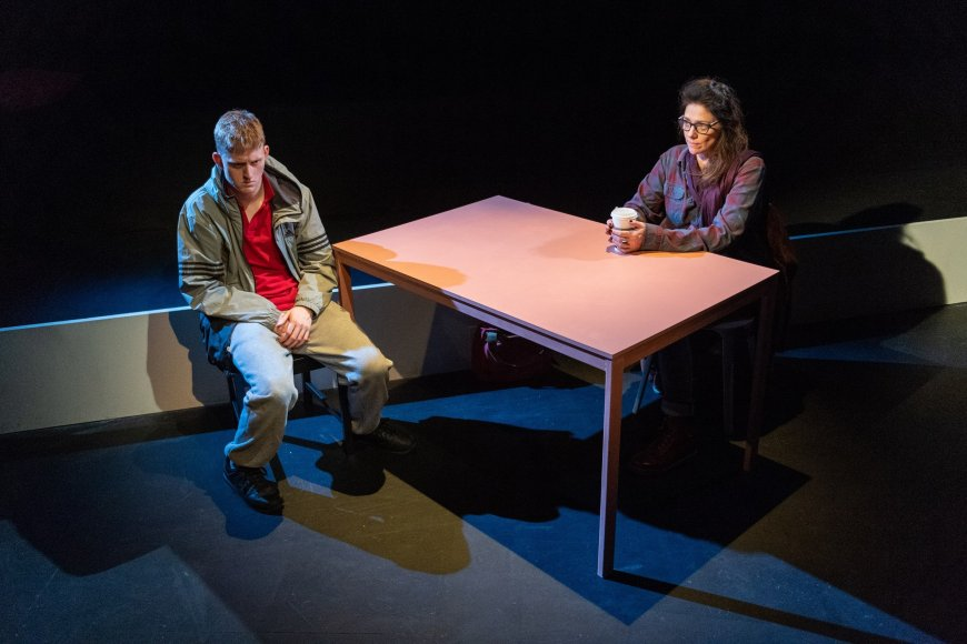 Lorn Macdonald and Neve McIntosh in Mouthpiece