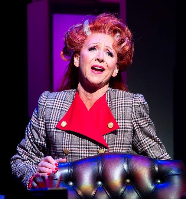 Bonnie Langford as Ros