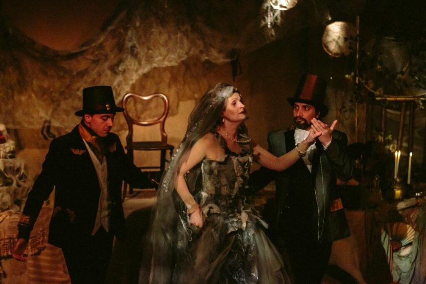 Herbert Pocket (Shaun Amos), Miss Haversham, Jaggers (David Furlong) in Great Expectations