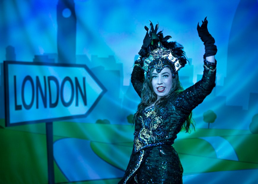Olivia Rooks as Queen Rat in Dick - the Adult Panto