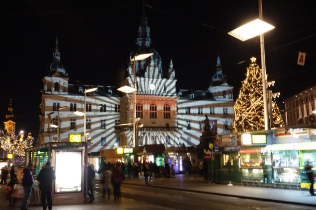 The Rathaus with xmas lights