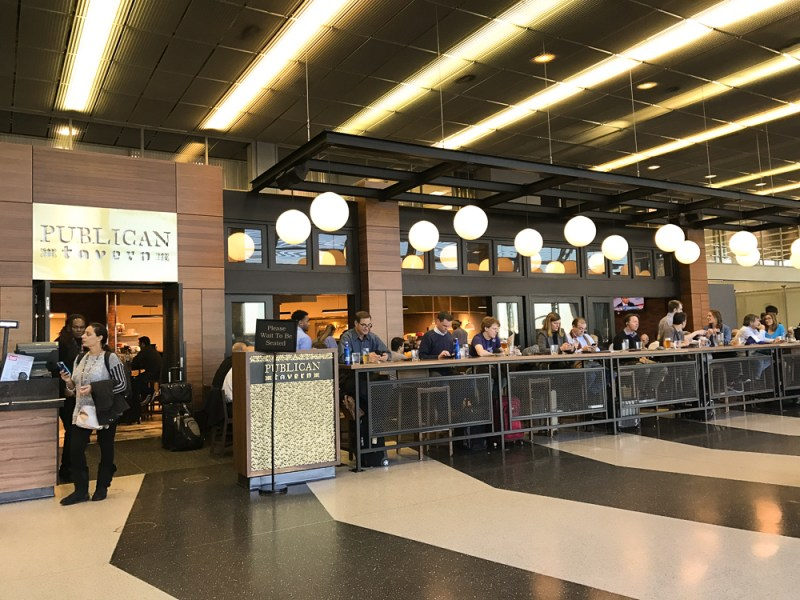 Publican Tavern at ORD Terminal 3