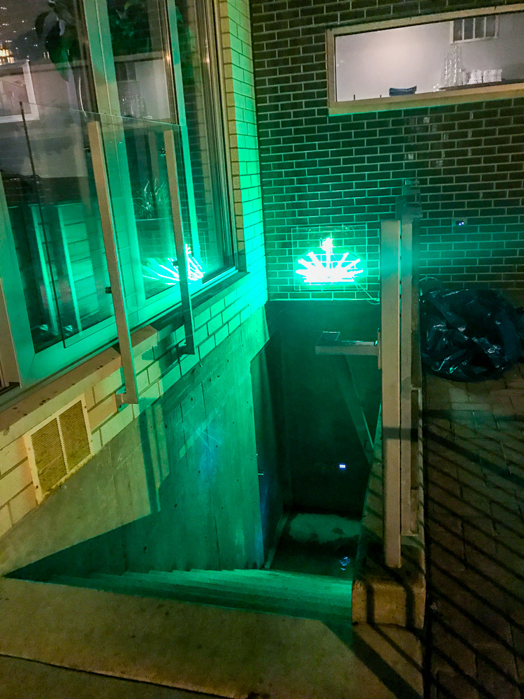Side street entrance to the Quiote bar