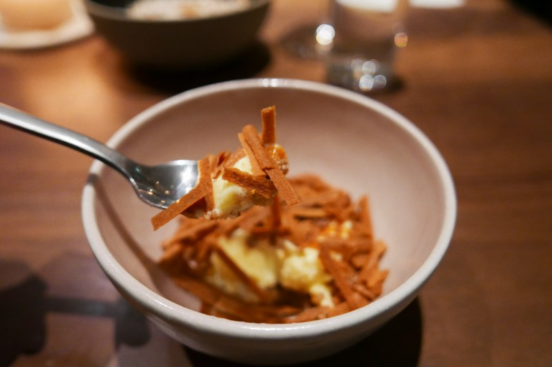 Citrus Sundae, toasted milk wafers, barley malt caramel, satsuma
