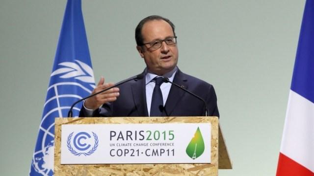 Le président français François Hollande, lors de l'ouverte de la cop 21, le 20 novembre 2015