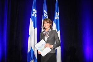 La ministre de l'Immigration, de la Diversité et de l'Inclusion, Mme Kathleen Weil dévoile la Politique québécoise en matière d'immigration, de participation et d'inclusion, Ensemble, nous sommes le Québec le 7 mars 2016 au Marché Bonsecours. Crédit : © MIDI