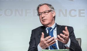 Christian Noyer, gouverneur, Banque de France, et président, Banque des règlements internationaux (BRI)