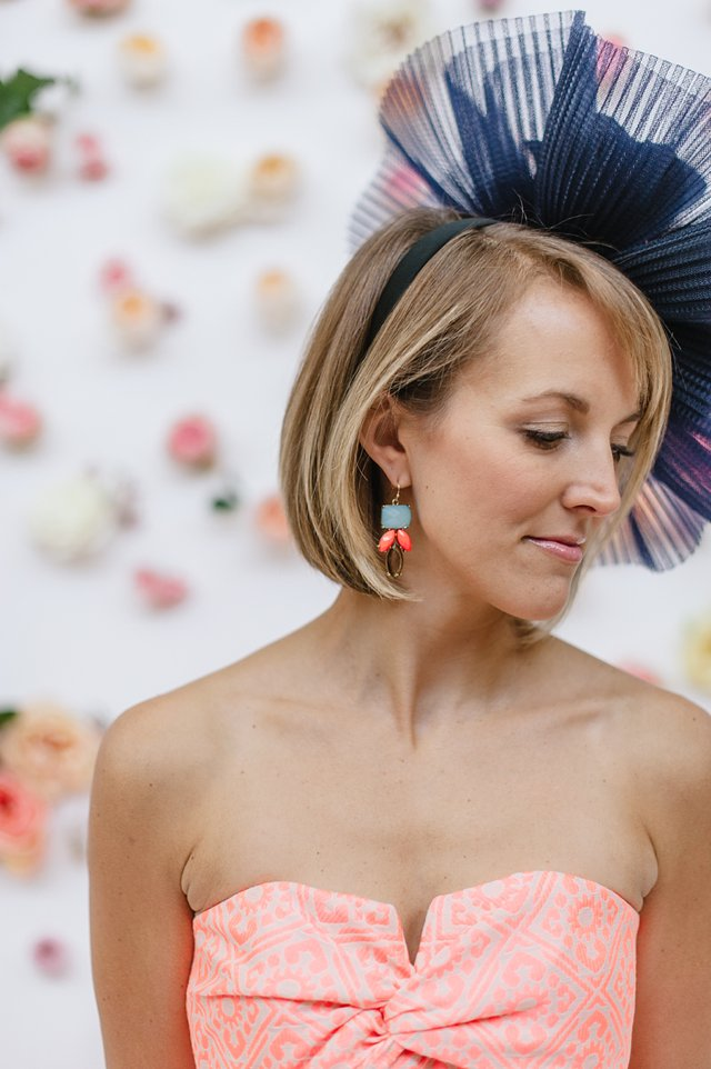 Kentucky Derby Outfit Inspiration - What to Wear to Kentucky Derby - Headcandi Fascinator