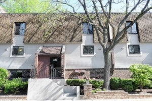 Remodeled Condo in Deerfield!