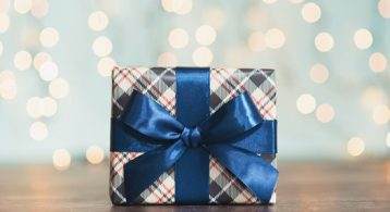 7 Reasons to List Your House This Holiday Season   Simplifying The Market