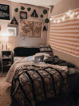 Adorable Bohemian Bedroom Decoration Ideas You Will Totally Love 27