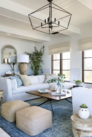 Elegant Coastal Themes For Your Living Room Design 02