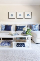 Elegant Coastal Themes For Your Living Room Design 23