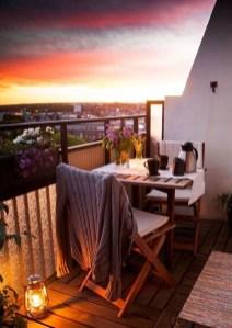 Best Ideas To Change Your Balcony Decor Into A Romantic Design 04
