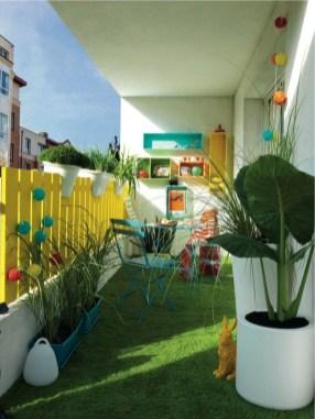 Best Ideas To Change Your Balcony Decor Into A Romantic Design 08