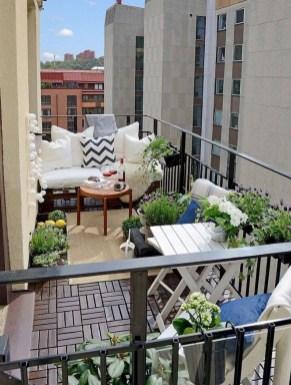 Best Ideas To Change Your Balcony Decor Into A Romantic Design 18