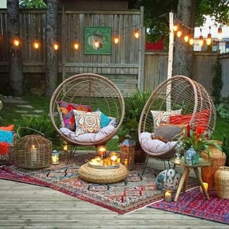 Best Ideas To Change Your Balcony Decor Into A Romantic Design 26