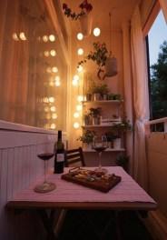 Best Ideas To Change Your Balcony Decor Into A Romantic Design 29