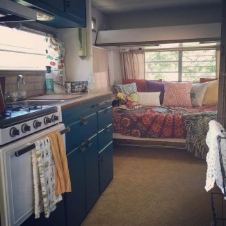 Cozy RV Bed Remodel Ideas On A Budget 01