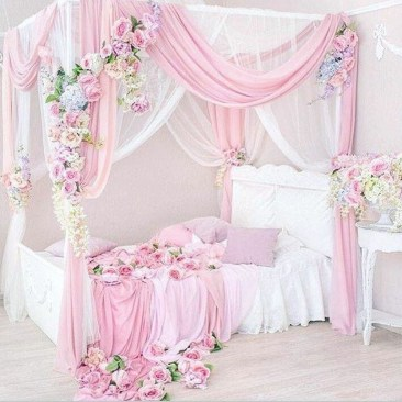 Cute Shabby Chic Bedroom Design Ideas For Your Daughter 08