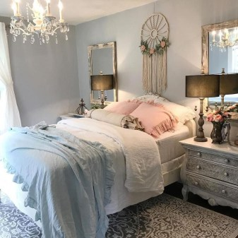 Cute Shabby Chic Bedroom Design Ideas For Your Daughter 17