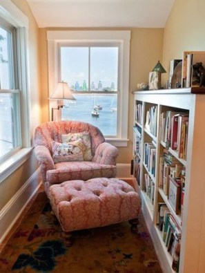 Inspiring Reading Room Decoration Ideas To Make You Cozy 24
