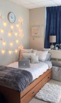 Inspiring Reading Room Decoration Ideas To Make You Cozy 29