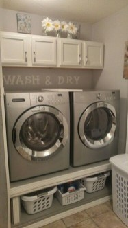 Minimalist And Small Laundry Room Ideas For Small Space 17