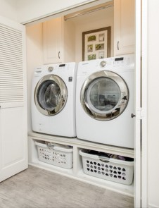 Minimalist And Small Laundry Room Ideas For Small Space 39