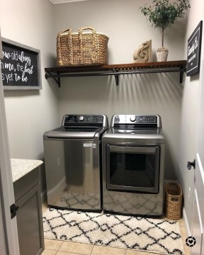 Minimalist And Small Laundry Room Ideas For Small Space 54
