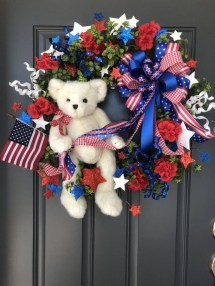 Pratiotic Handmade 4th Of July Wreath Ideas 23