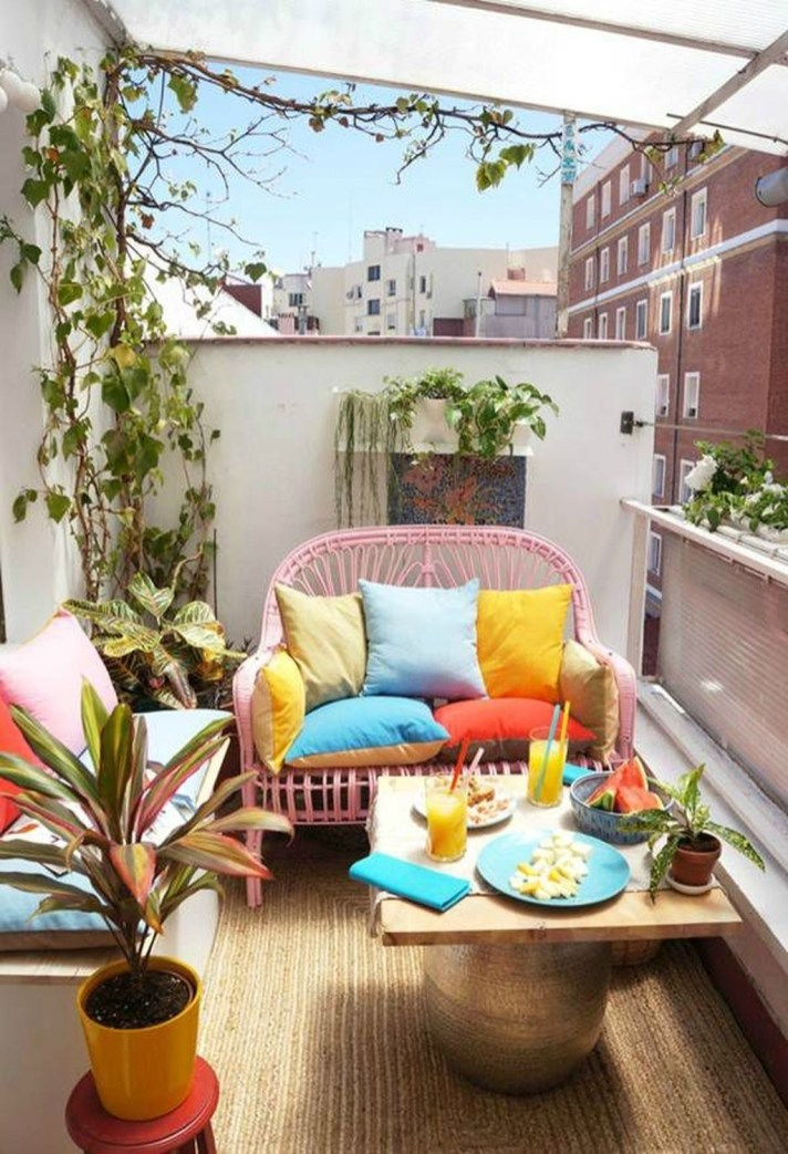 Stunning Balcony Decoration Ideas With Seating Areas 47