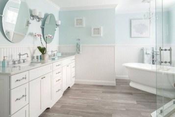 Stylish Coastal Bathroom Remodel Design Ideas 13