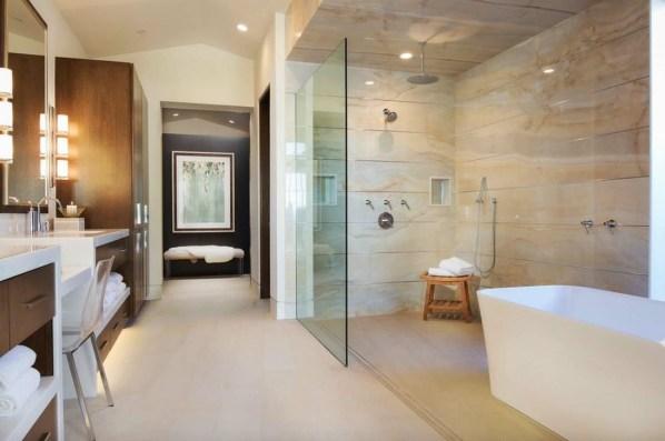 Stylish Coastal Bathroom Remodel Design Ideas 33