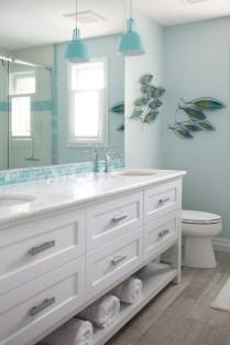 Stylish Coastal Bathroom Remodel Design Ideas 40