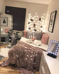 Trendy Decoration Ideas For Teenage Bedroom Design 44