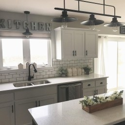 Astonishing Kitchen Remodeling Ideas On A Budget 42
