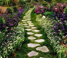 Awesome Small Garden Ideas With Stone Path 01
